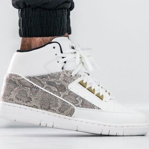 Mens Nike Air Python snakeskin shoes size 11